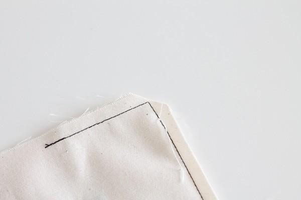 Wimpel bedrucken und nähen - Ecken abschrägen klein