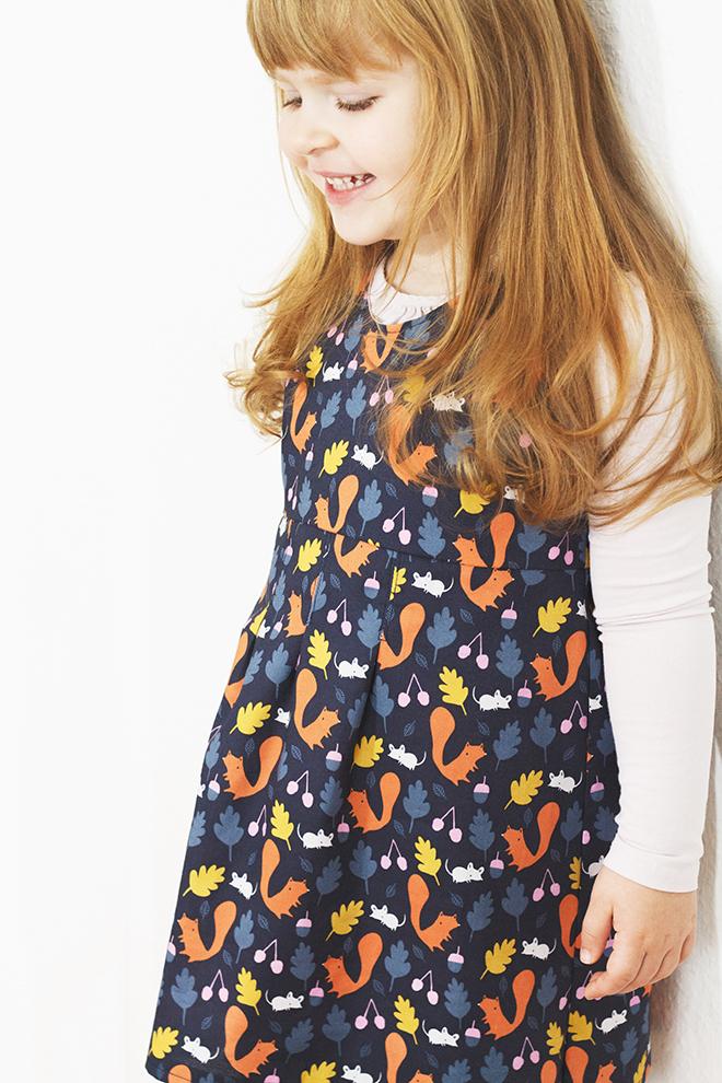 Probenähen für Eulenmeisterei Woodland Critters von cloud9 Schnit Klassik Kleid von Lillesol und Pelle