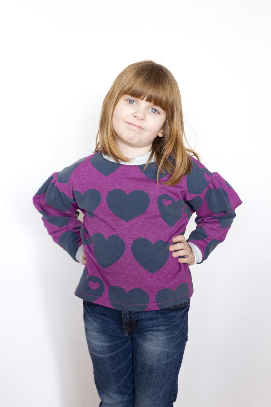 Vesper Sweater von Beletoile aus byGraziela Sweat Big Heart